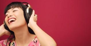 संगीत ऐका मानसिक तणाव कमी करा
