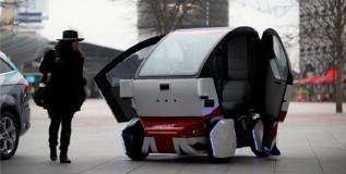 ब्रिटनमध्ये तयार होत आहे ड्रायव्हरलेस कार !