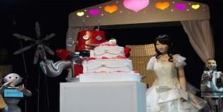 जपानमध्ये साजरा झाला रोबो विवाह