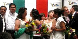 मेक्सिकोत समलैंगिकांचा अनोखा सामुदायिक विवाह सोहळा
