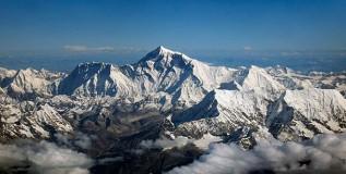 एव्हरेस्ट चढण्याचा तिस-यांदा प्रयत्न करणार ऑस्ट्रेलियाची अजर