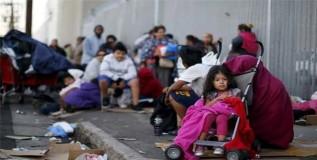 अमेरिकेतील निम्मी मुले दारिद्रयात काढताहेत दिवस