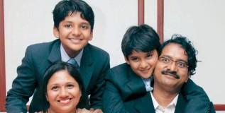चेन्नईचे श्रवण आणि संजय देशाचे 'बाल करोड़पती'