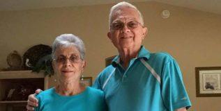 लग्नाच्या ५२ वर्षानंतरही हे जोडपे घालते रोज सेम टू सेम कपडे