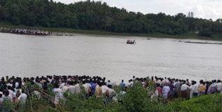 कर्नाटकमध्ये गणपती विसर्जनावेळी १२ जणांचा मृत्यू