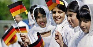 जर्मनीत शरणार्थी मुसलमान बनत आहेत ख्रिश्चन