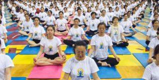 चीनमध्ये वाढणार 'योग कॉलेज'च्या शाखा