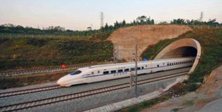 वीसहून अधिक देशांमध्ये चीनच्या रेल्वेचे जाळे