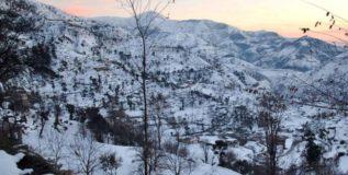 लष्कराच्या छावणीवर हिमस्खलन, एका अधिका-याचा मृत्यू