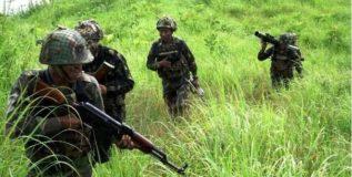 अखनरूमध्ये इंजीनिअरिंग फोर्सवर दहशतवादी हल्ला; तीन नागरीक ठार