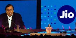 रिलायन्स जिओ पुढील वर्षभर देणार 'फुकट' डेटा