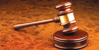 न्यायाधीशांच्या गाण्यामुळे जोडप्यांनी बदलला घटस्फोटाचा निर्णय