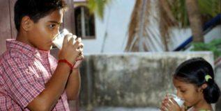 दूध पिण्याच्या बाबतीत चीनपेक्षा भारतच पुढे!