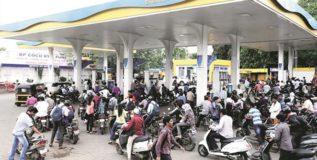 रविवारी पेट्रोल पंप बंद ठेवण्यास पेट्रोलियम मंत्रालयाचा विरोध