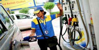 मुंबईकरांना मिळते सर्वात महाग पेट्रोल