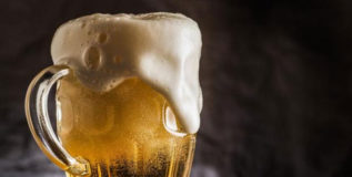 संशोधक म्हणतात, वेदनाशामकांपेक्षा बीयर अधिक प्रभावी!