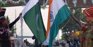 शांत भारताला डिवचू नका; पाकला अमेरिकन सिनेटरचा इशारा