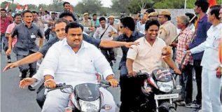 राहुल गांधींनी तोडला वाहतुकीचा नियम; कारवाईची मागणी