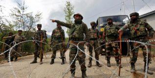 काश्मीरमध्ये सुरक्षादलाच्या कारवाईत २ दहशतवादी ठार