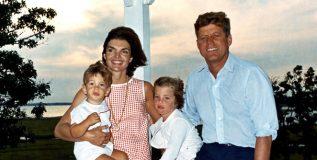 जाणून घ्या जॉन आणि जॅकलिन केनेडी यांच्या परिवाराबद्दल ?