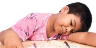 पुरेशी झोप न मिळाल्याने मुलांना मधुमेह होण्याचा धोका
