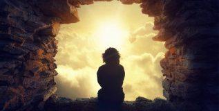भारतातील अध्यात्मिक गुरुंकडे आहे किती संपत्ती ?
