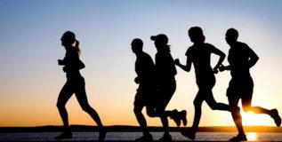 व्यायामापूर्वी आणि व्यायामानंतर काय खावे?