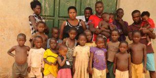 38 मुलांची 37 वर्षीय आई…