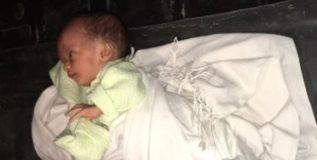 रिक्षात सापडले नवजात बाळ; ट्विटरवर मुंबईच्या मुलाने मागितली मदत…