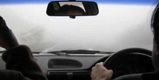 धुक्यामध्ये गाडी चालविताना घ्या या गोष्टींची काळजी