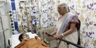 'ही' भारतीय महिला डॉक्टर आहेत मदर टेरेसा ऑफ द डेजर्ट