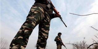 पोलिसाच्या मुलाने घडवला सीआरपीएफ तळावरील दहशतवादी हल्ला