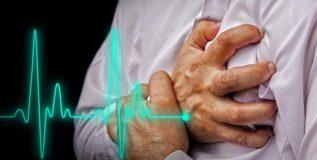 हृदयविकाराच्या झटक्याची आपले शरीर देते काही काळ आधीच पूर्वसूचना