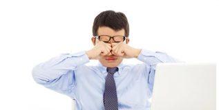 डोळ्यांच्या समस्यांची कारणे – कॉम्प्युटर व्हिजन सिंड्रोम आणि बदलते हवामान