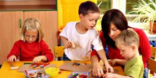 मुलांना व्यस्त कसे ठेवाल?