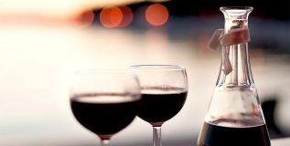 लसूण आणि रेड वाईन यांच्या कॉम्बीनेशनने फॅट लॉस होण्यास फायदा