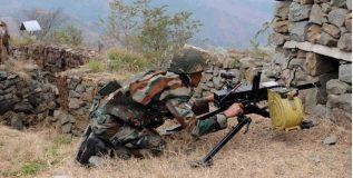 मागील ४८ तासात पाकिस्तानचे चार सैनिक ठार
