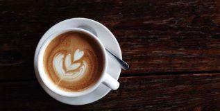 वर्क आउट पूर्वी कॉफी पिणे योग्य आहे का?