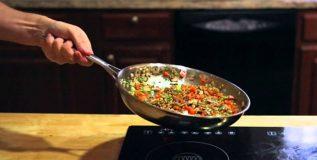 हे अन्नपदार्थ पुन्हापुन्हा गरम करून खाणे आरोग्यास धोकादायक