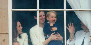 ही आहे ब्रिटीश शाही घराण्यातील चिमुरड्यांची नॅनी