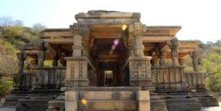 चंबळच्या खोऱ्यातील रहस्यमयी देवळे