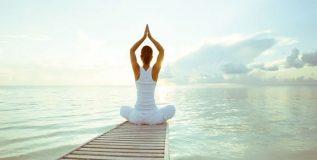 योगासने करताना घ्या ह्या गोष्टींची खबरदारी