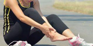 पायांच्या दुखण्यावर नैसर्गिक उपायांनी करा मात