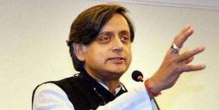 २०१९ मध्ये भाजप सत्तेत आल्यास भारत 'हिंदू पाकिस्तान' होणार – शशी थरूर
