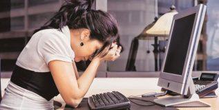 भारतातील ८९ टक्के कर्मचारी करतात तणावखाली काम