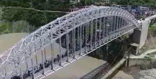 उत्तराखंडमधील हा आर्च ब्रिज बनला आहे पर्यटकांच्या आकर्षणाचे केंद्र