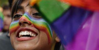 सर्वोच्च न्यायालयाचा ऐतिहासिक निर्णय; देशात यापुढे समलैंगिकता गुन्हा नाही