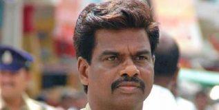 पोलीस निरीक्षकाने तेलुगू देसमच्या खासदाराला दिली जीभ कापण्याची धमकी