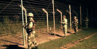 भारतावर आत्मघाती हल्ला करण्याच्या तयारीत पाकिस्तानचे १०० दहशतवादी