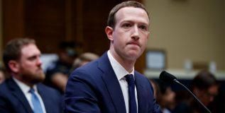 फेसबुकच्या गुंतवणूकदारांची मार्क झुकरबर्गला अध्यक्षपदावरुन हटवण्याची मागणी